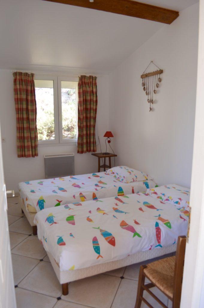 chambre a deux lits